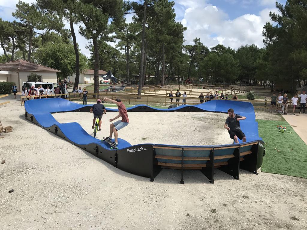 ucpa pumptrack surf camp montalivet 1 - Réalisations pumptracks modulaires